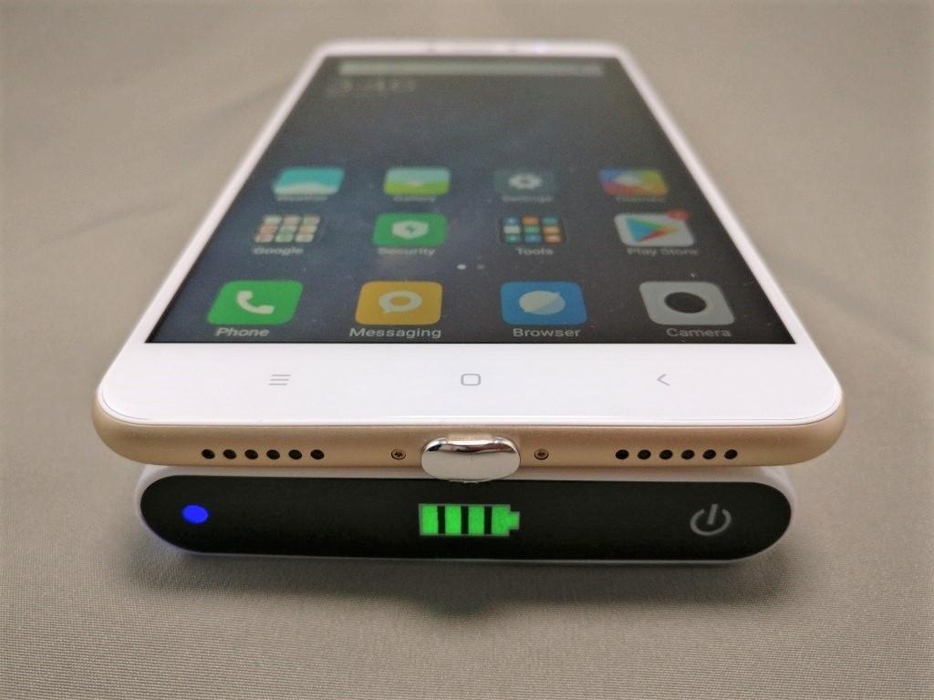 ワイヤレス充電レシーバーシート Mi Max 2 で充電 2