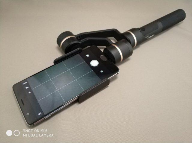 FeiyuTech SPG c 3軸 ハンドヘルド ジンバル スタビライザー Oneplus3t装着