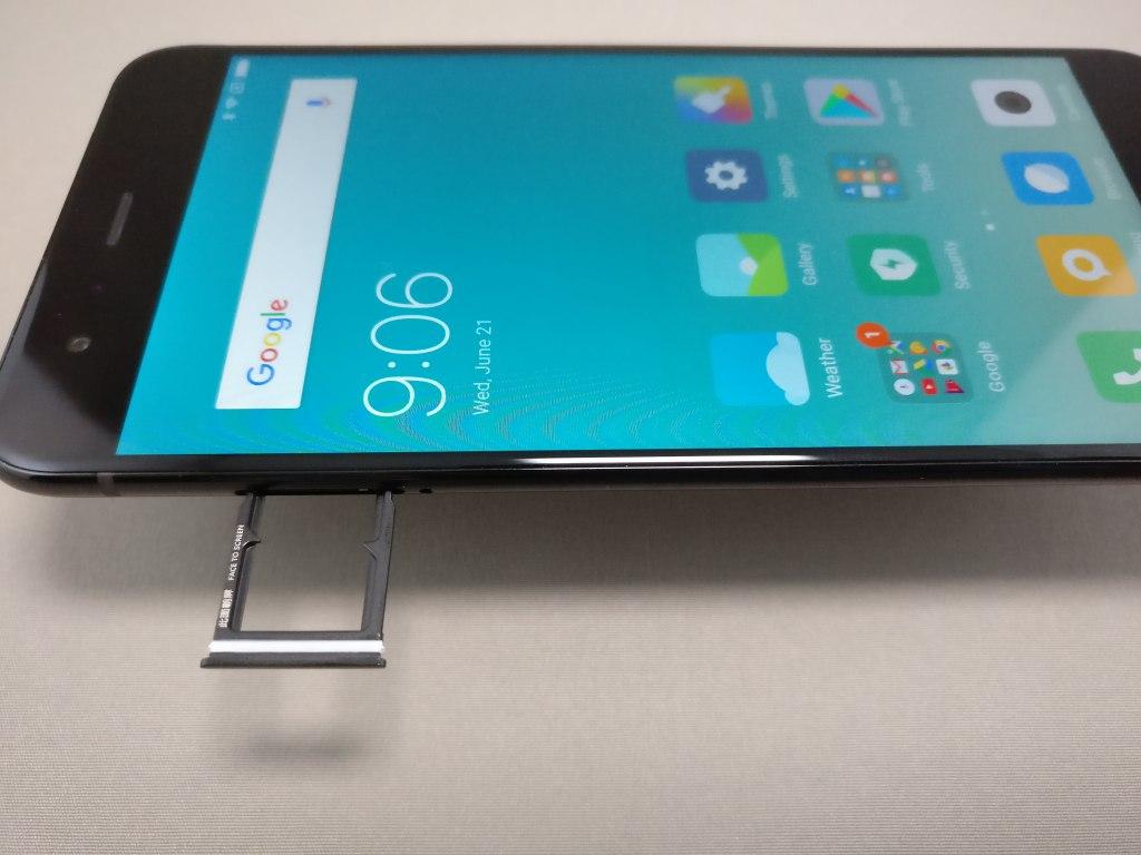 Xiaomi Mi6 SIMスロット 出す