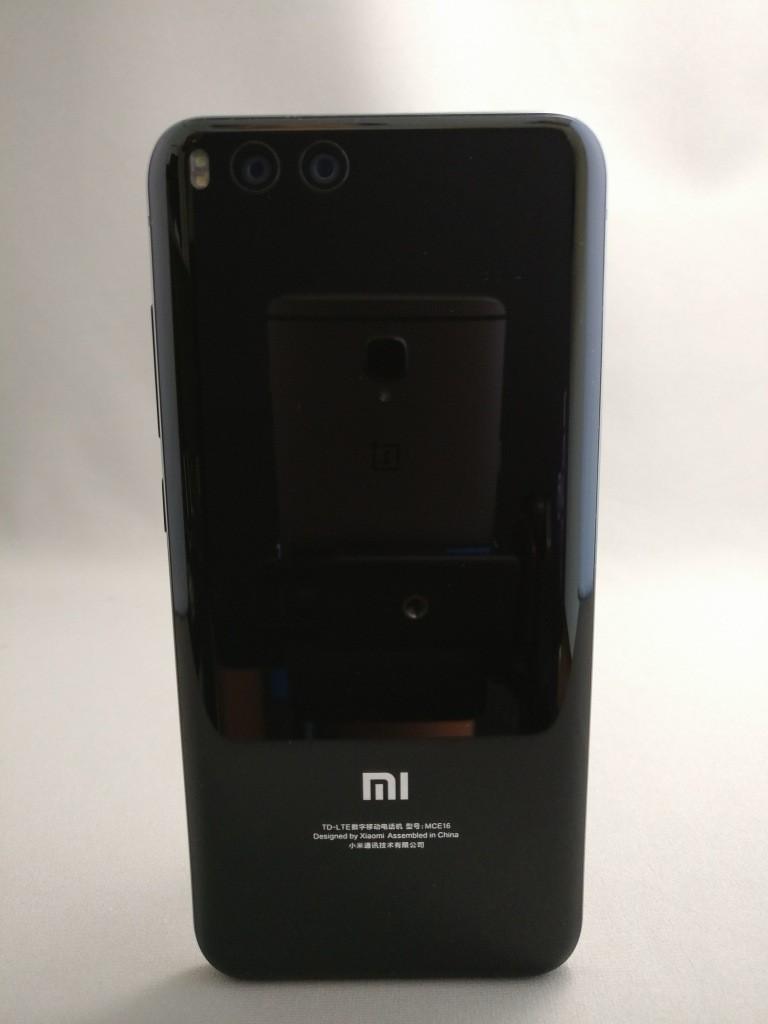 Xiaomi Mi6 裏面8