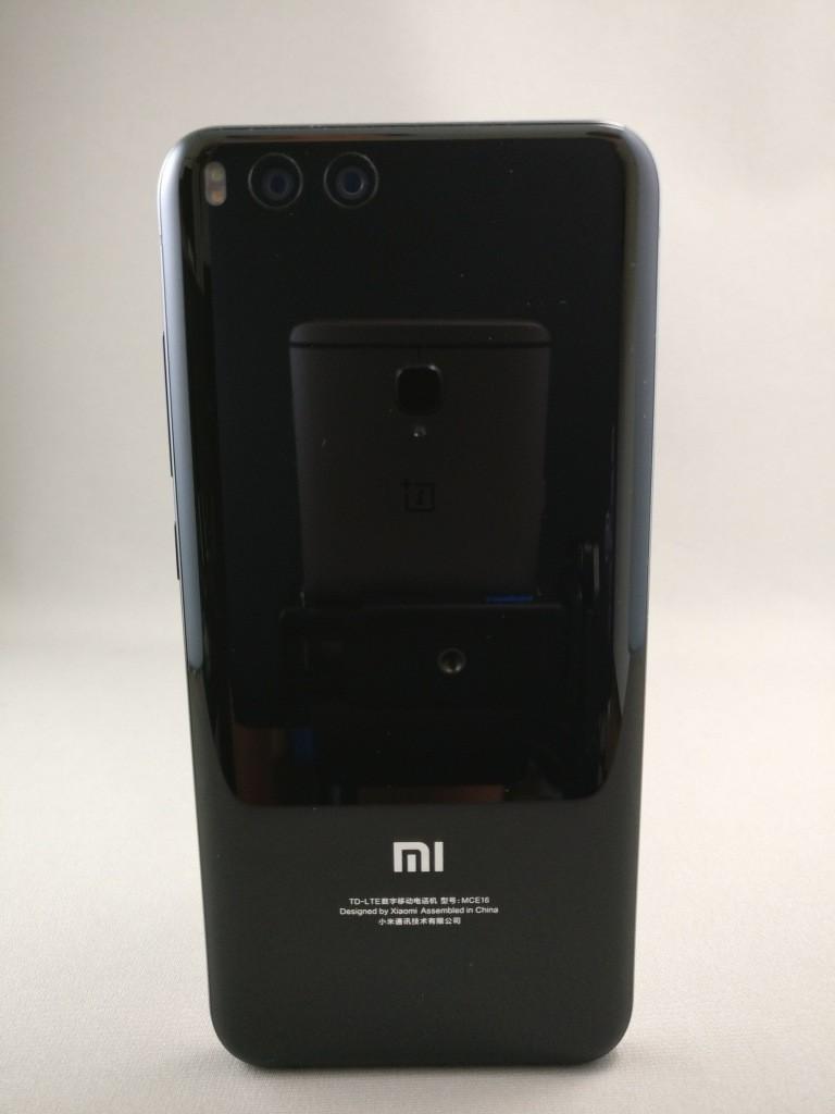 Xiaomi Mi6 裏面1