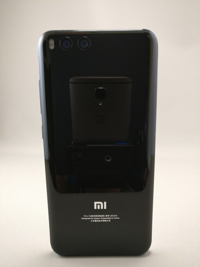 Xiaomi Mi6 裏面4