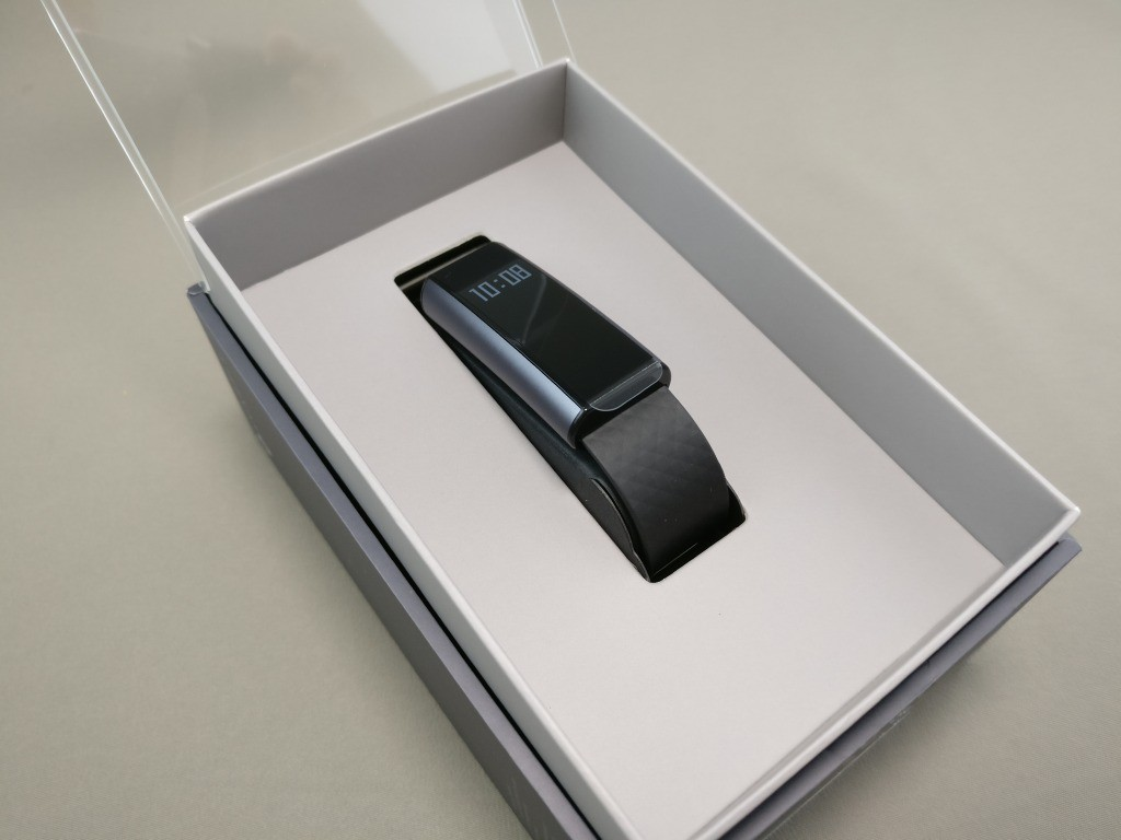 Xiaomi Amazfit A1603 スマートバンド 開封