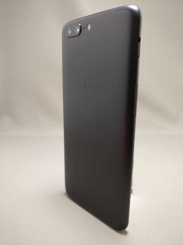 OnePlus5 裏8