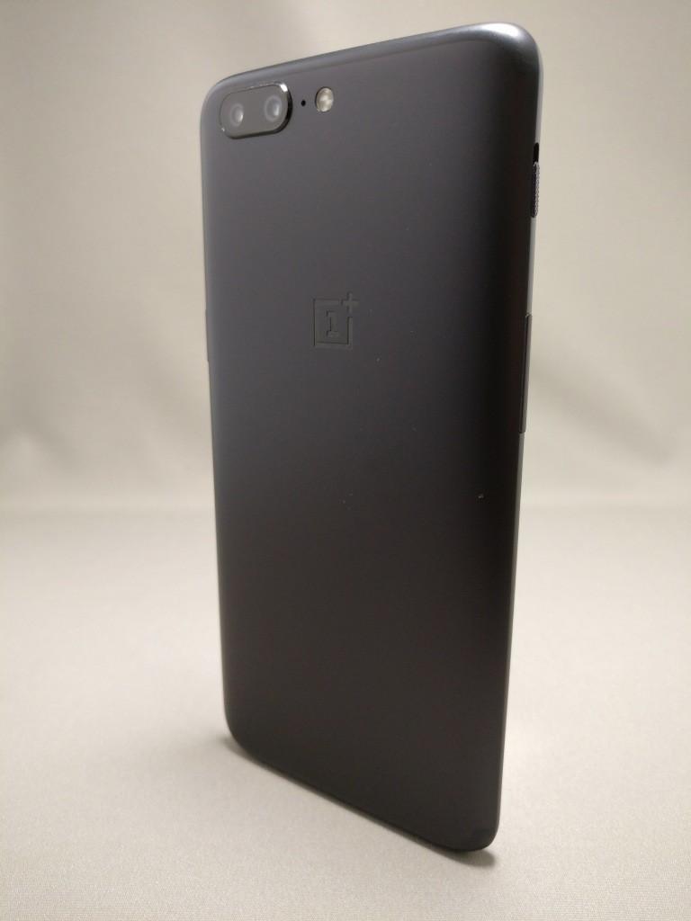 OnePlus5 裏1