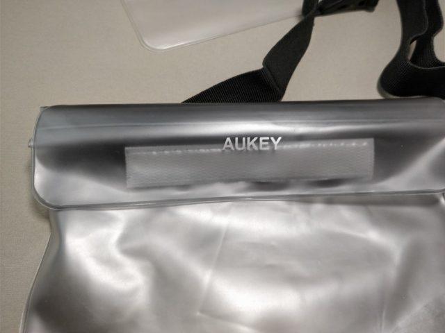 AUKEY 防水ポーチ ケース ブラックと透明 PC-T12 防水チャック マジックテープで留める