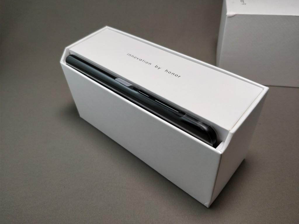 Huawei Honor 9 化粧箱 開封