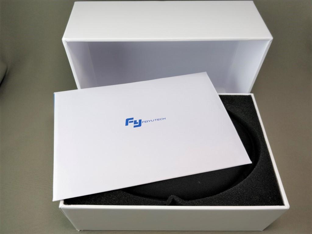 FeiyuTech WG2 化粧箱 取説