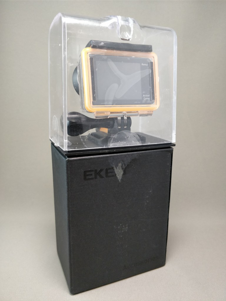 EKEN H8s 4K アクションカメラ 化粧箱 裏