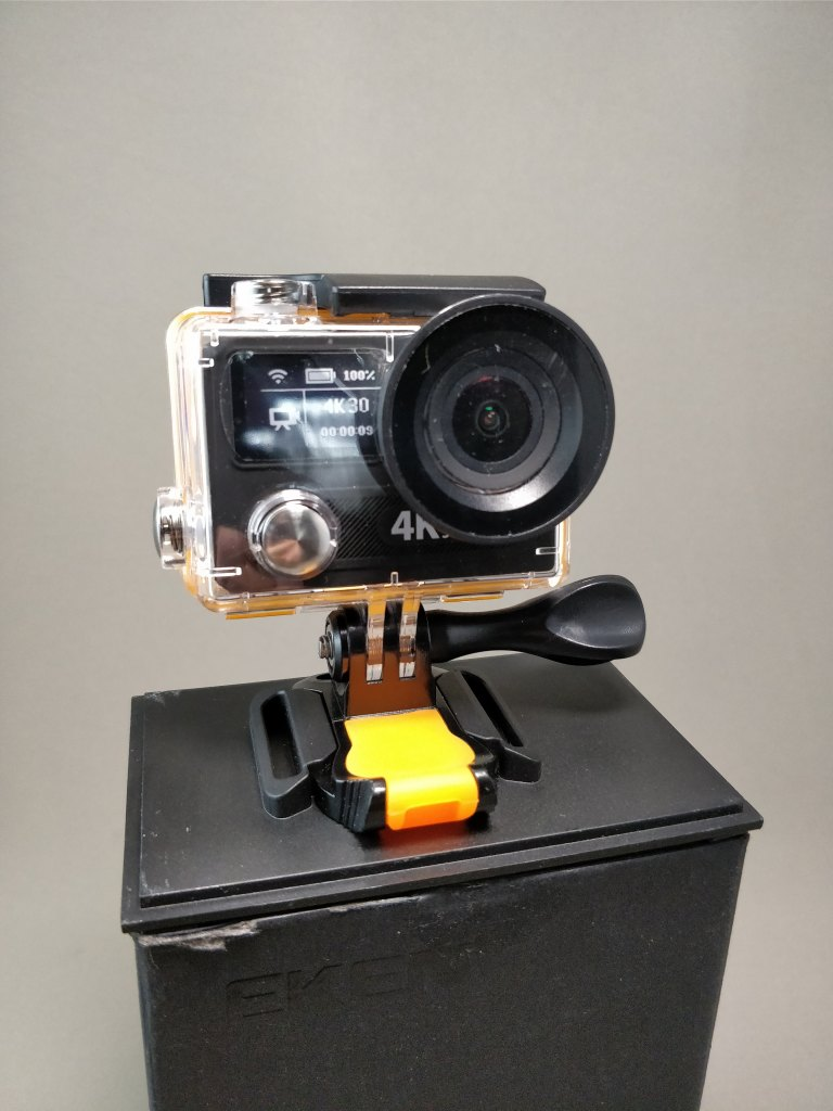 EKEN H8s 4K アクションカメラ 化粧箱 出す