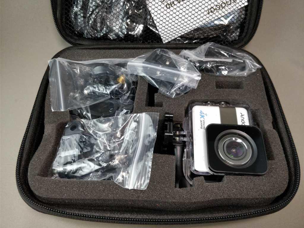 Andoer 4K タッチパネル式 アクションカメラ AN1 開封