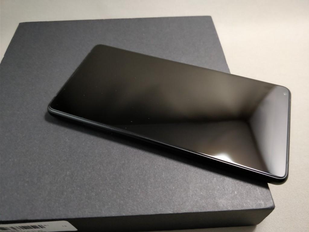 Xiaomi Mi MIX 2 本体 表