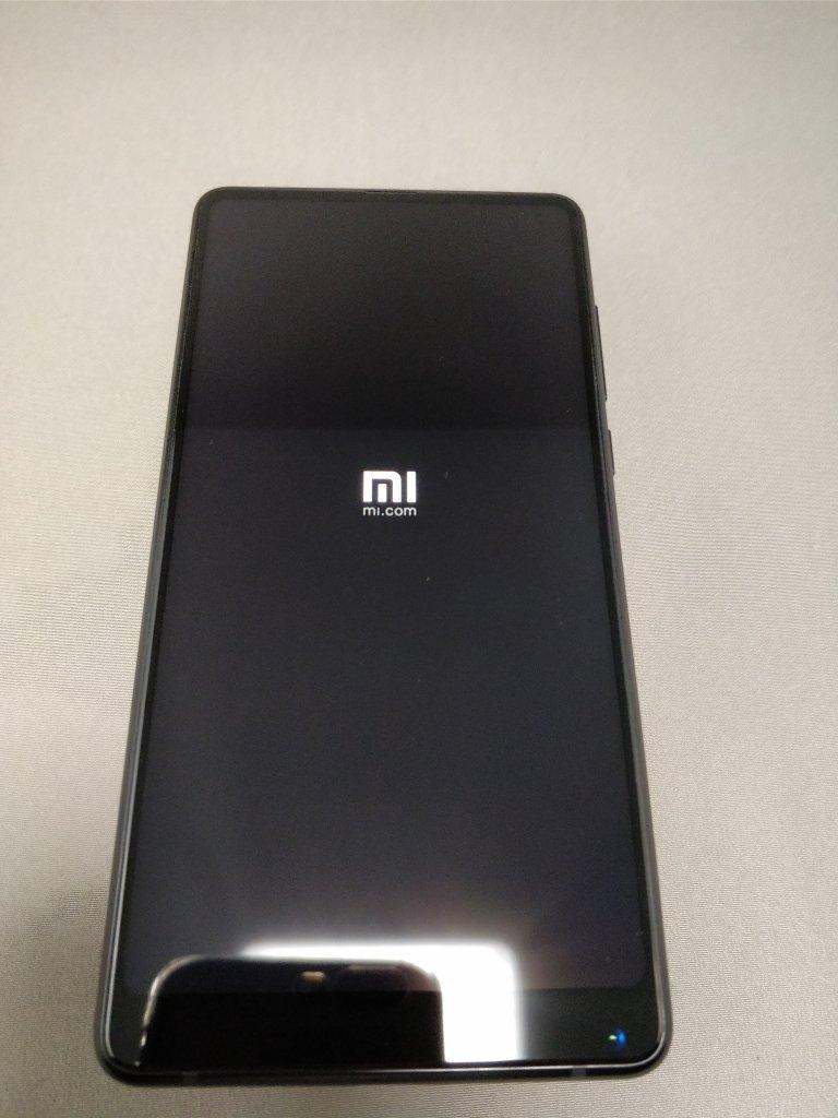 Xiaomi Mi MIX 2 起動1