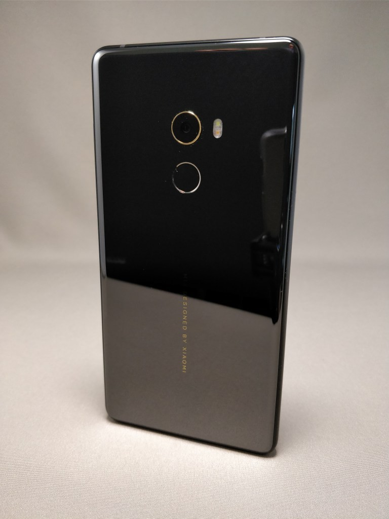 Xiaomi Mi MIX 2 裏 6