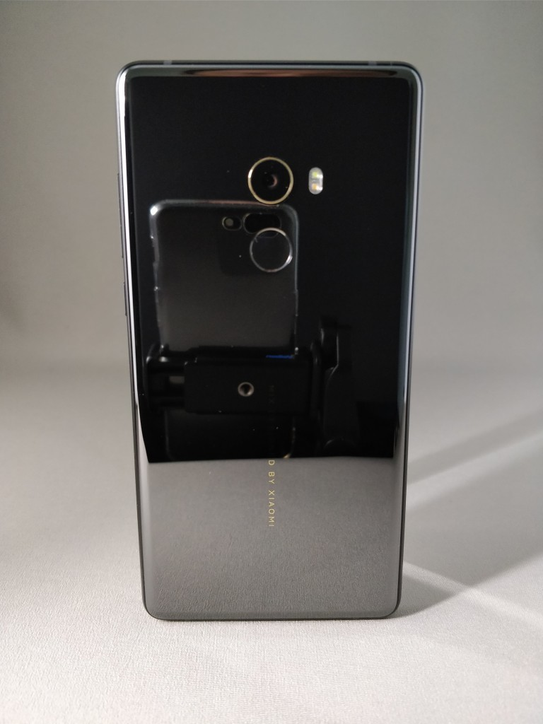 Xiaomi Mi MIX 2 裏 8