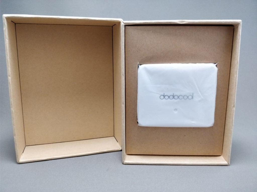 dodocool USB Type-Cアダプタ 化粧箱 開ける