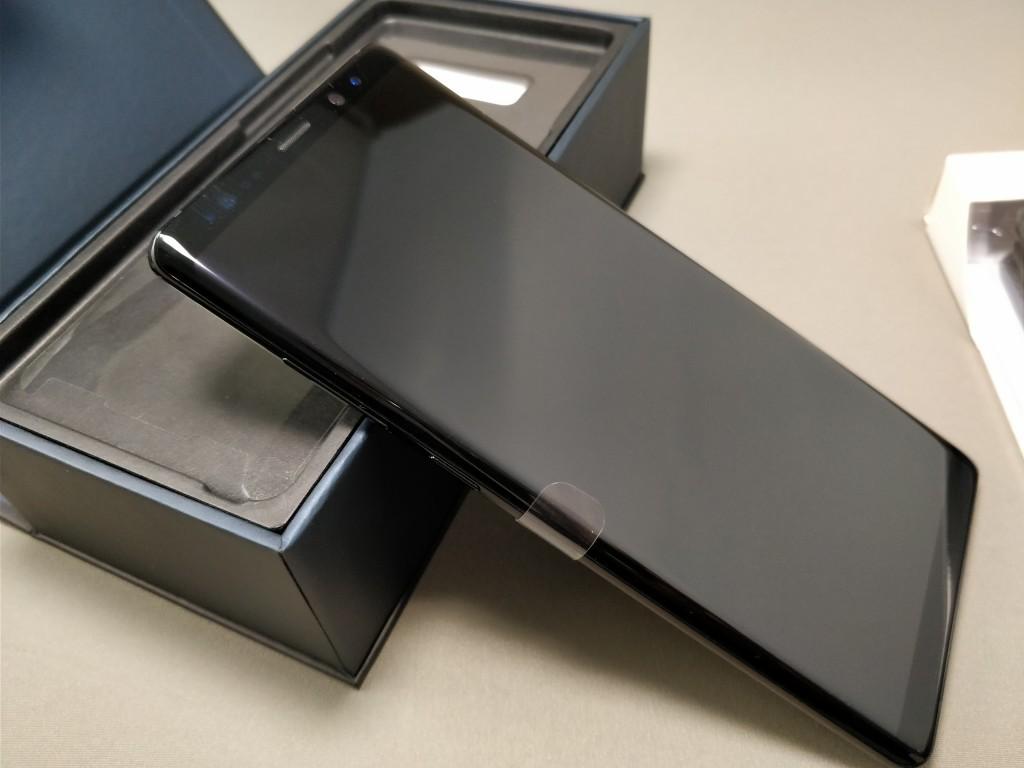 Galaxy note 8 化粧箱  本体 表