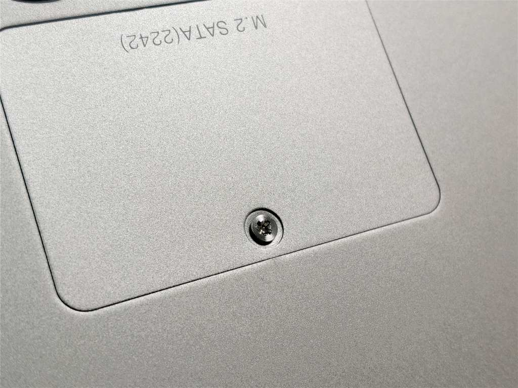 Chuwi Lapbook Air  M.2 SSD拡張  ネジ山