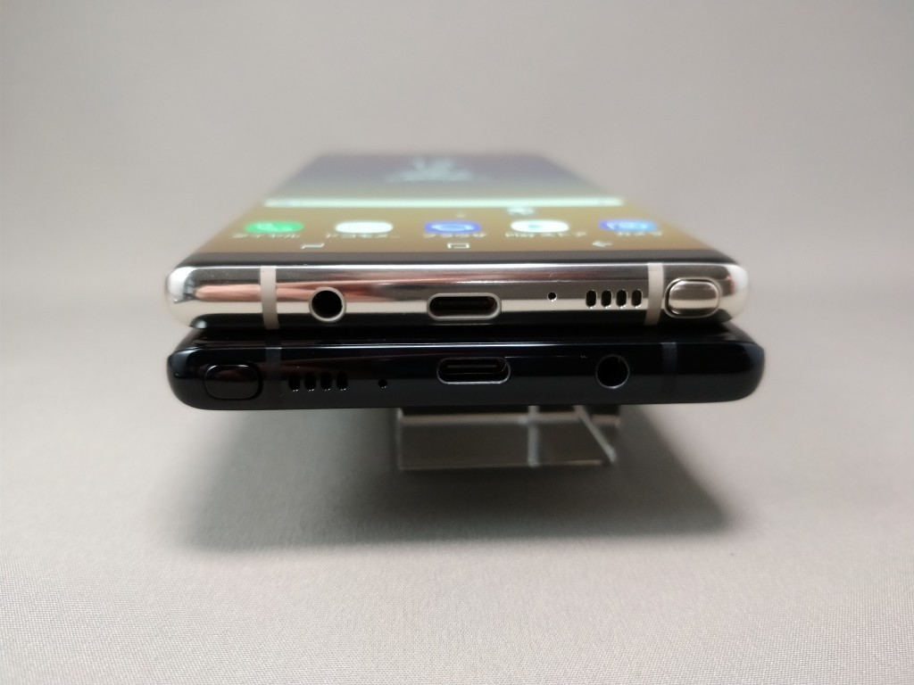 Galaxy note 8 側面 下