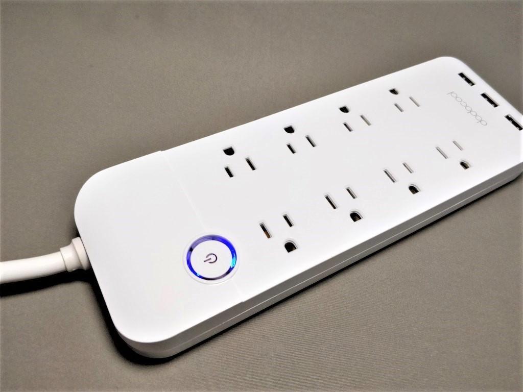dodocool コンセント8口+USB充電ポート3口 電源タップ 本体 ななめ