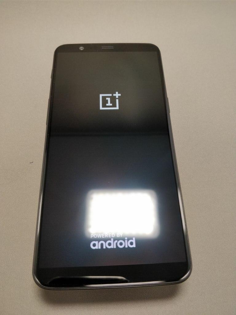 OnePlus 5T 起動