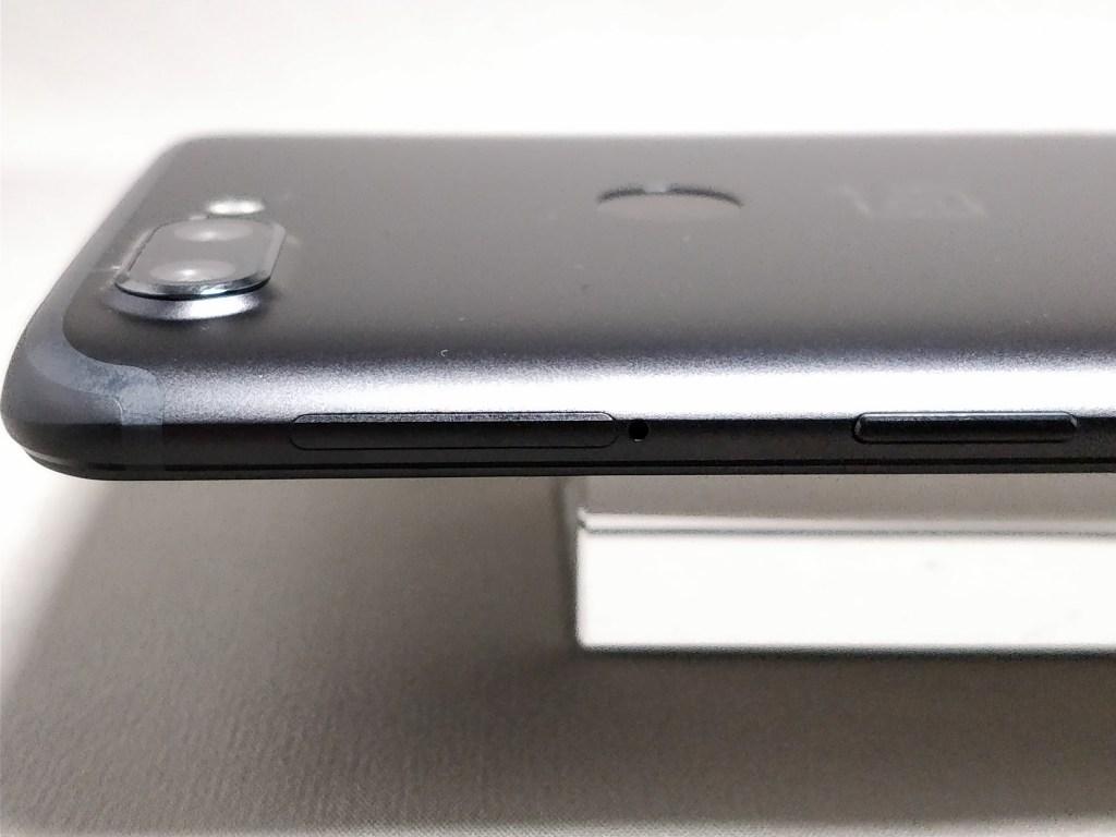 OnePlus 5T 側面 右