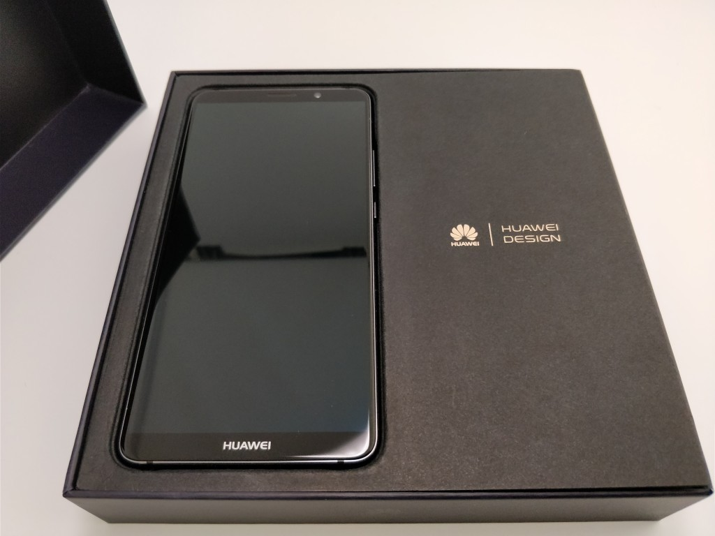 Huawei Mate 10 Pro 化粧箱 開封 本体