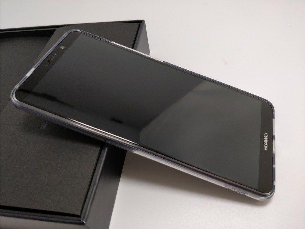Huawei Mate 10 Pro 化粧箱 開封 保護ケース 表