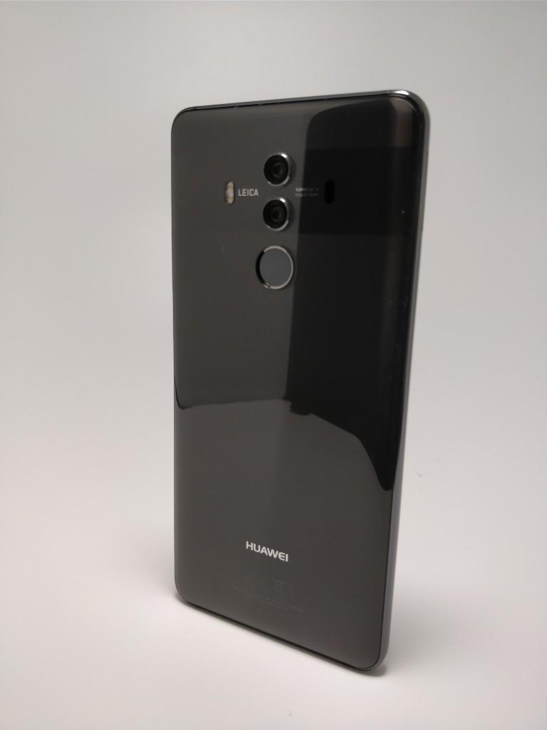 Huawei Mate 10 Pro 裏 9