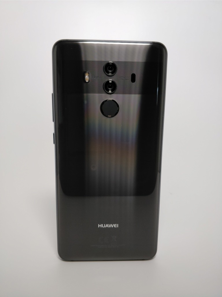 Huawei Mate 10 Pro 裏正面9