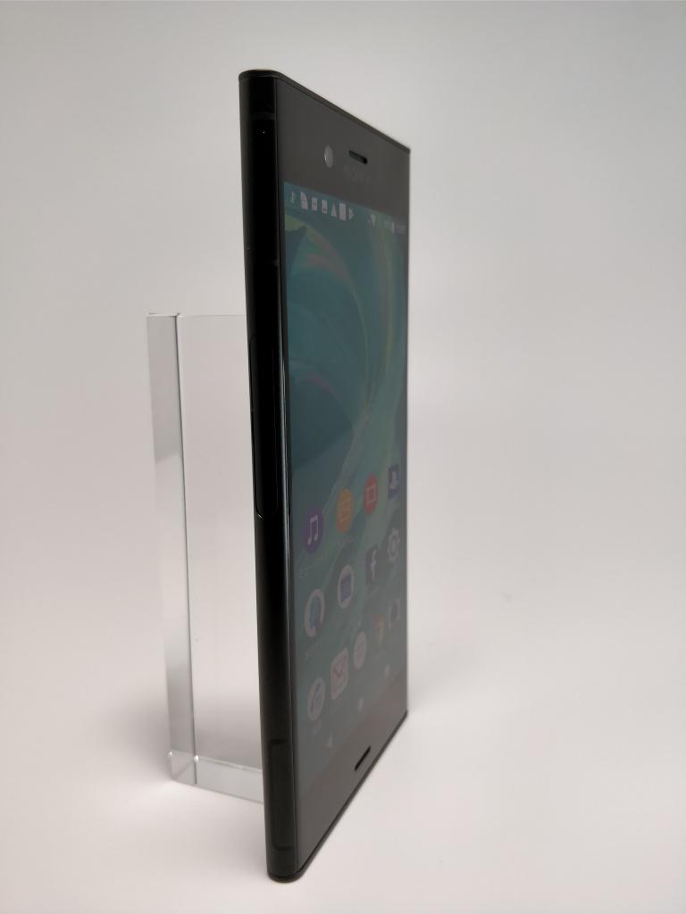 Sony Xperia XZ1 表4