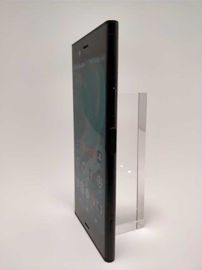 Sony Xperia XZ1 表16