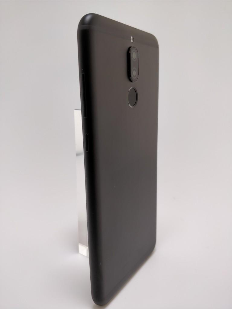 Huawei Mate 10 Lite 裏 11