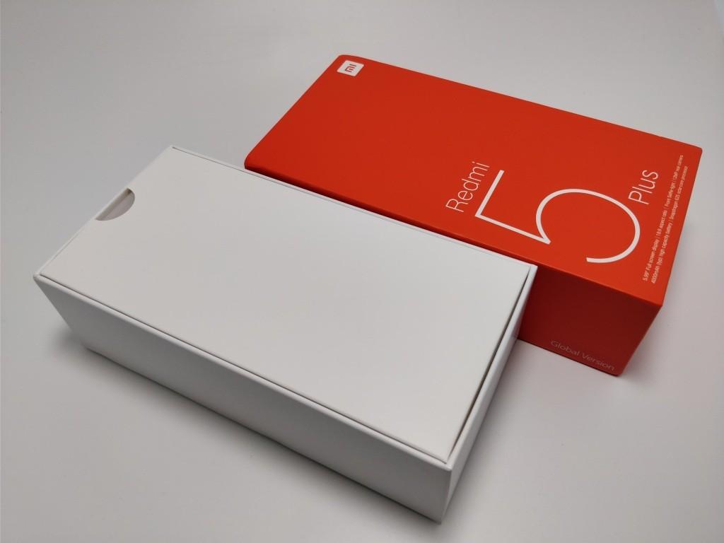 Xiaomi Redmi 5 Plus 化粧箱 開ける