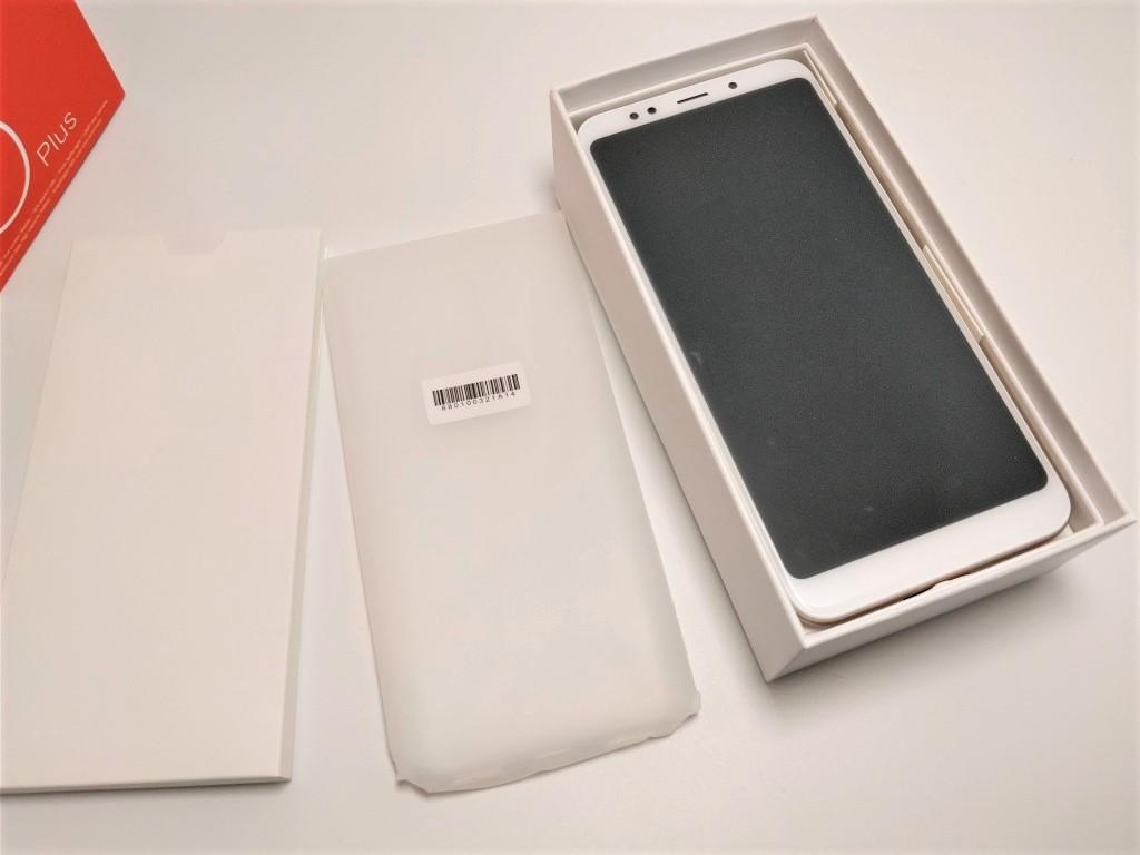 Xiaomi Redmi 5 Plus 保護ケースあり