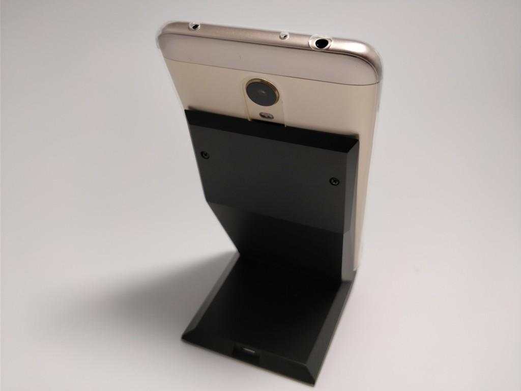 Xiaomi Redmi 5 Plus 充電器