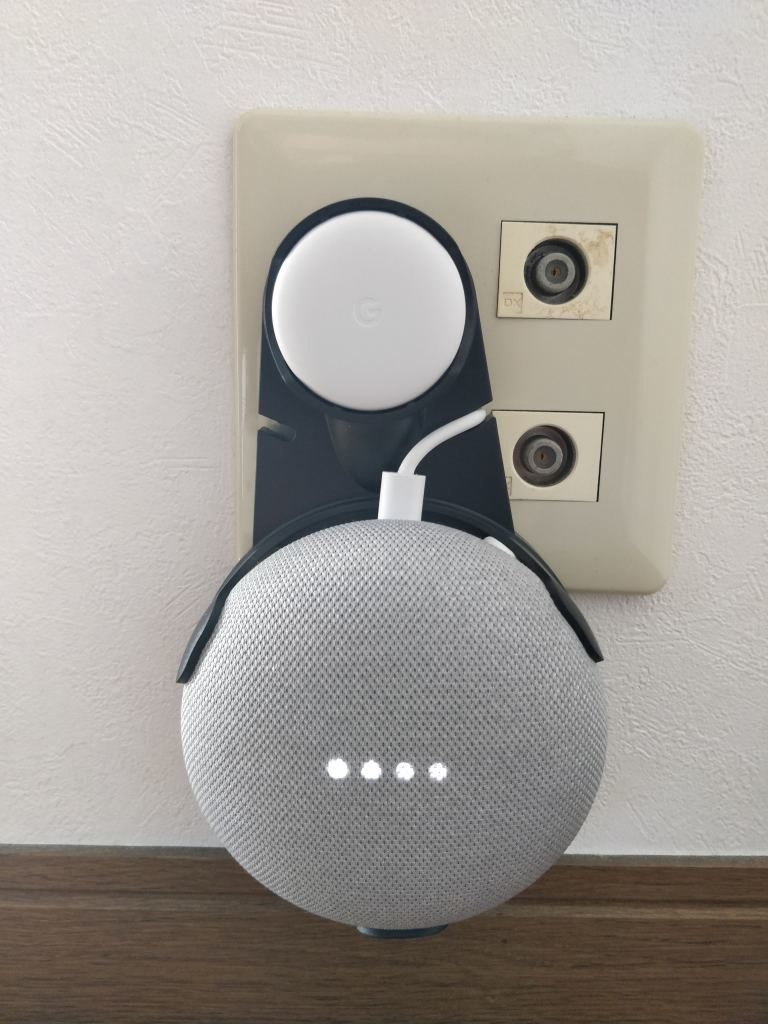 Oittm Google Home Mini 専用壁掛けホルダー 本体 コンセント