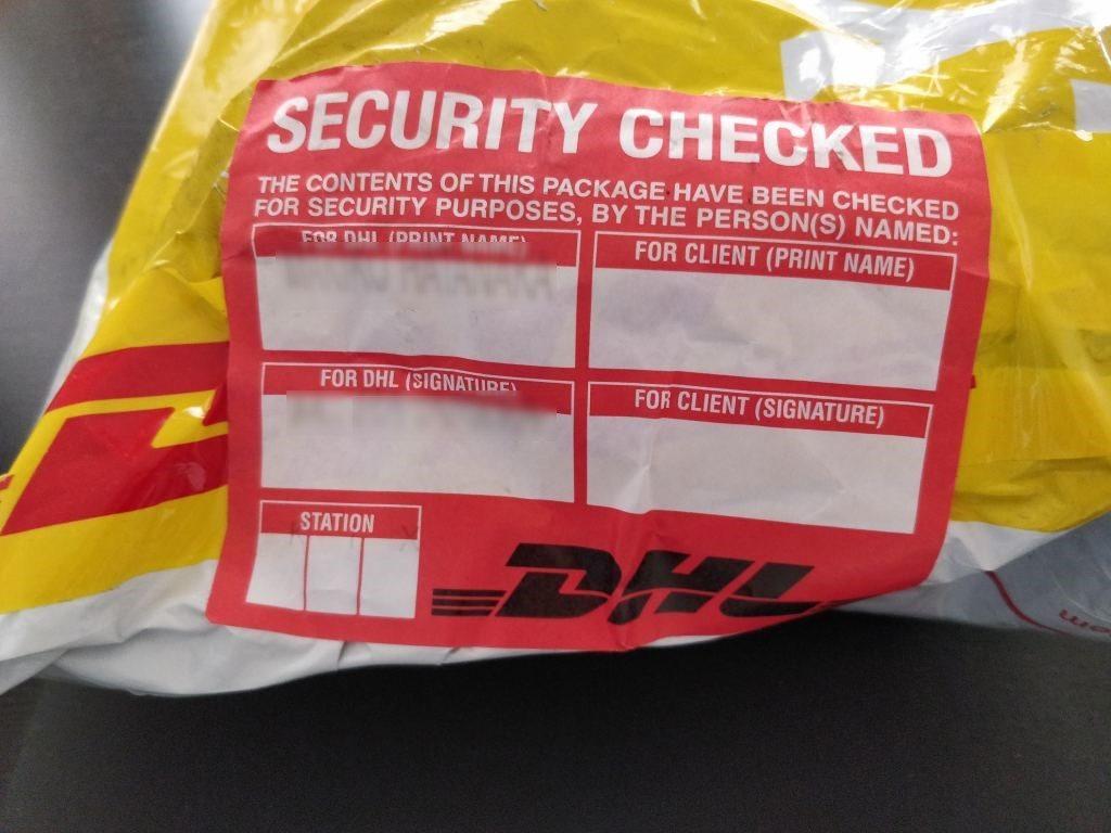 UMIDIGI A1 Pro 梱包 DHL セキュリティチェック