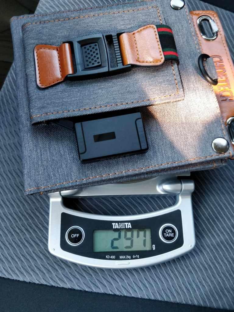 USBソーラー CHOETECH ソーラーチャージャー ダッシュボード 重量