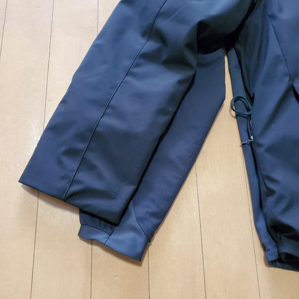袖丈は3~5cmほど短い