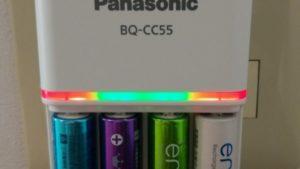 【Panasonic】エネループ・エボルタ充電池の状態をLEDで教えてくれる急速充電器BQ-CC55 レビュー
